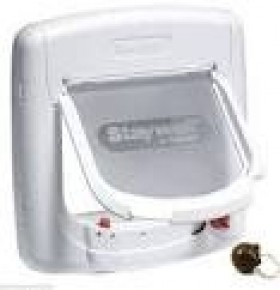 Magnetic 4 way Deluxe catflap - white