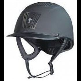 Front and top ventilation allow the rider to experience a high level of airflow to the head Padded chin strap ensures the rider is comfortable Supplied with a high quality carry bag Conforms to PAS015