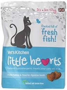 Vet's Kitchen Little Hearts Crunchy Salmon & Trout Cat Treats 60g