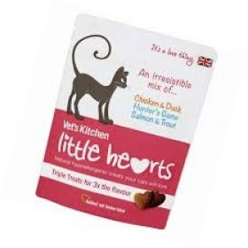 Vet's Kitchen Little Hearts Crunchy Game Cat Treats 60g